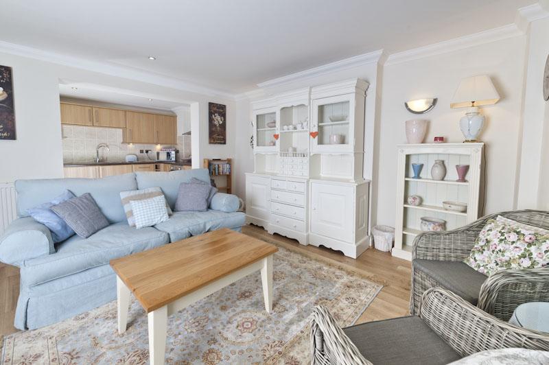 LS Living room.jpg