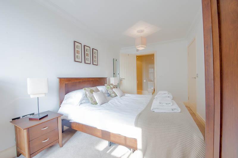 SB bedroom 1.jpg
