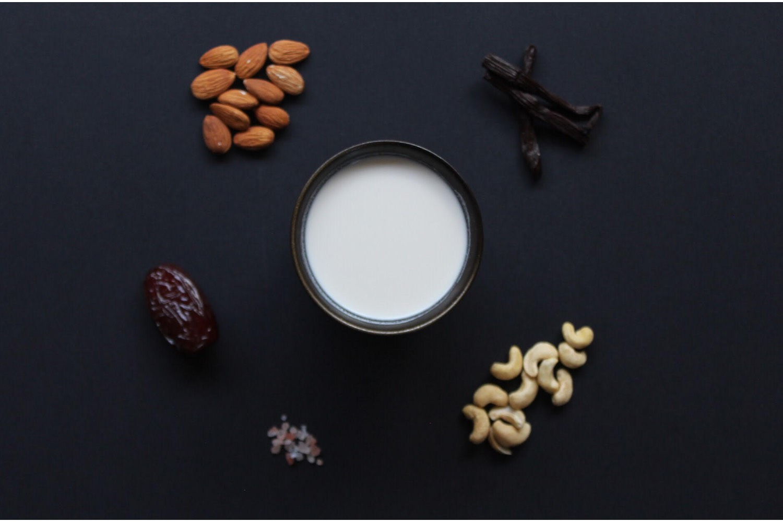 Ingredients - Ingredients: Filtered Water, Almonds (8%), Pumpkin seeds (8%), Cashews (5%), Raw Cacao Powder (4%), Dates, Vanilla bean, Himalayan salt.