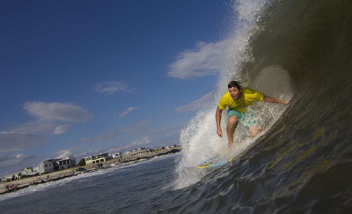 Jetty CEO and founding partner, Jeremy DeFilippis getting deep into the rounds at the Clam Jam.