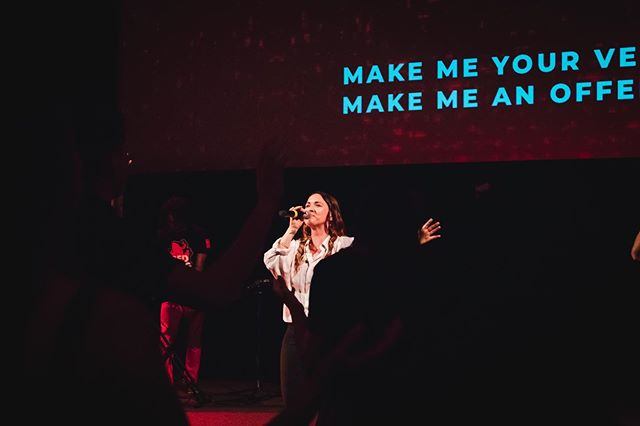 The wknd is almost here 🎉 ____  While we wait, lets chat - Whats your current Favourite praise and worship song?  Comment below!  ____ #c3crawley #bettertogether  #wearec3