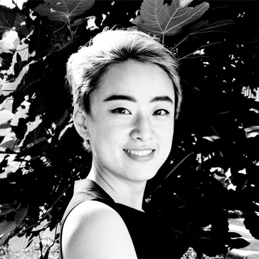 Yuchen Zhang   CEO of Wearable Media Studio, a New York-based fashion technology design service provider.