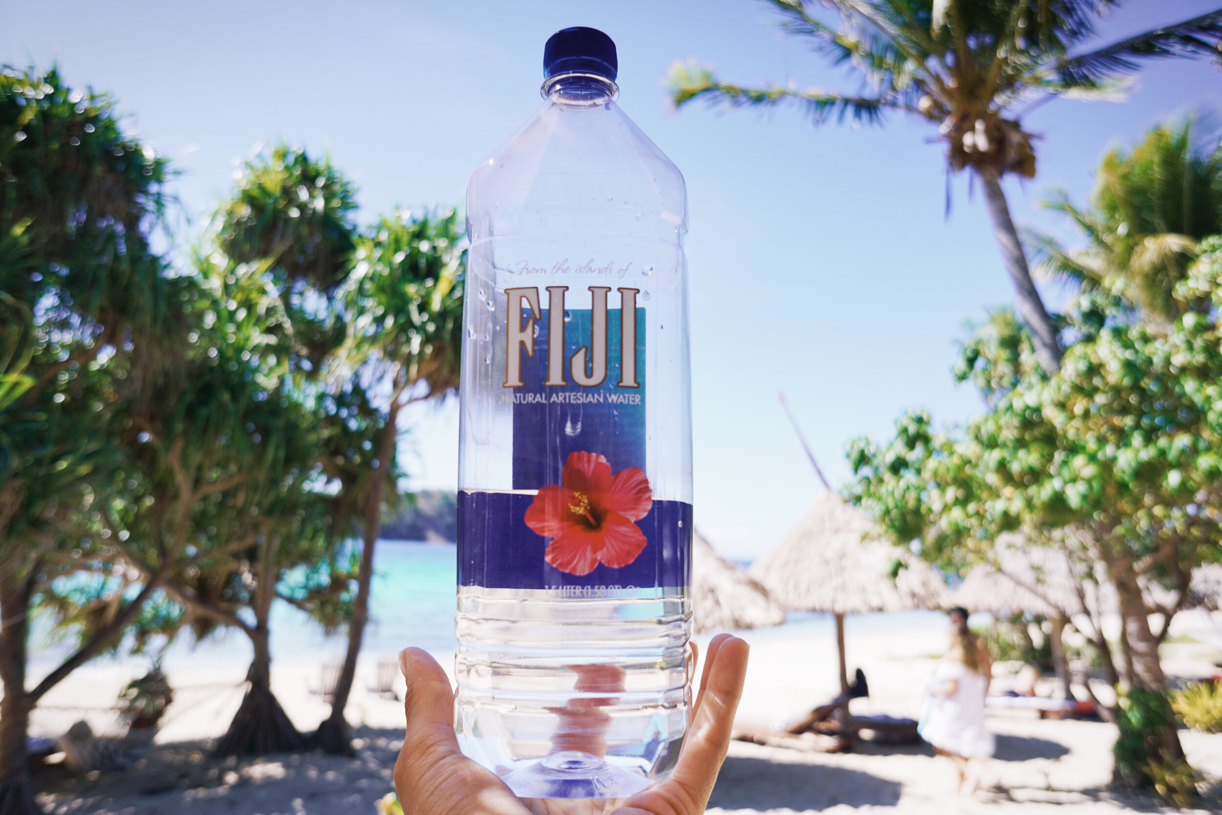 FAMILEE Travel_Oceania_FIJI_cold water on beach.jpg