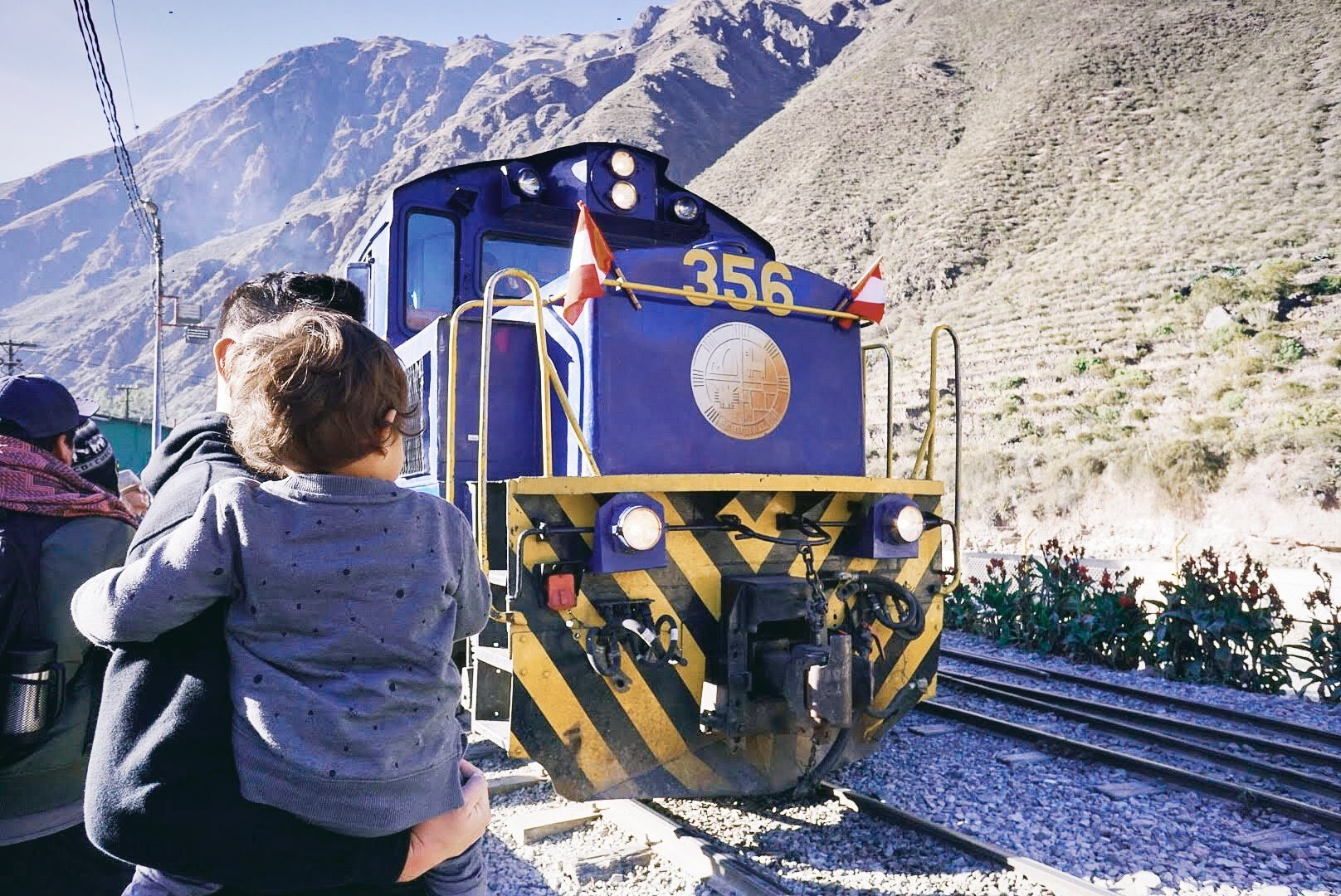 Elden (2.5 years old) checking out the PeruRail trains