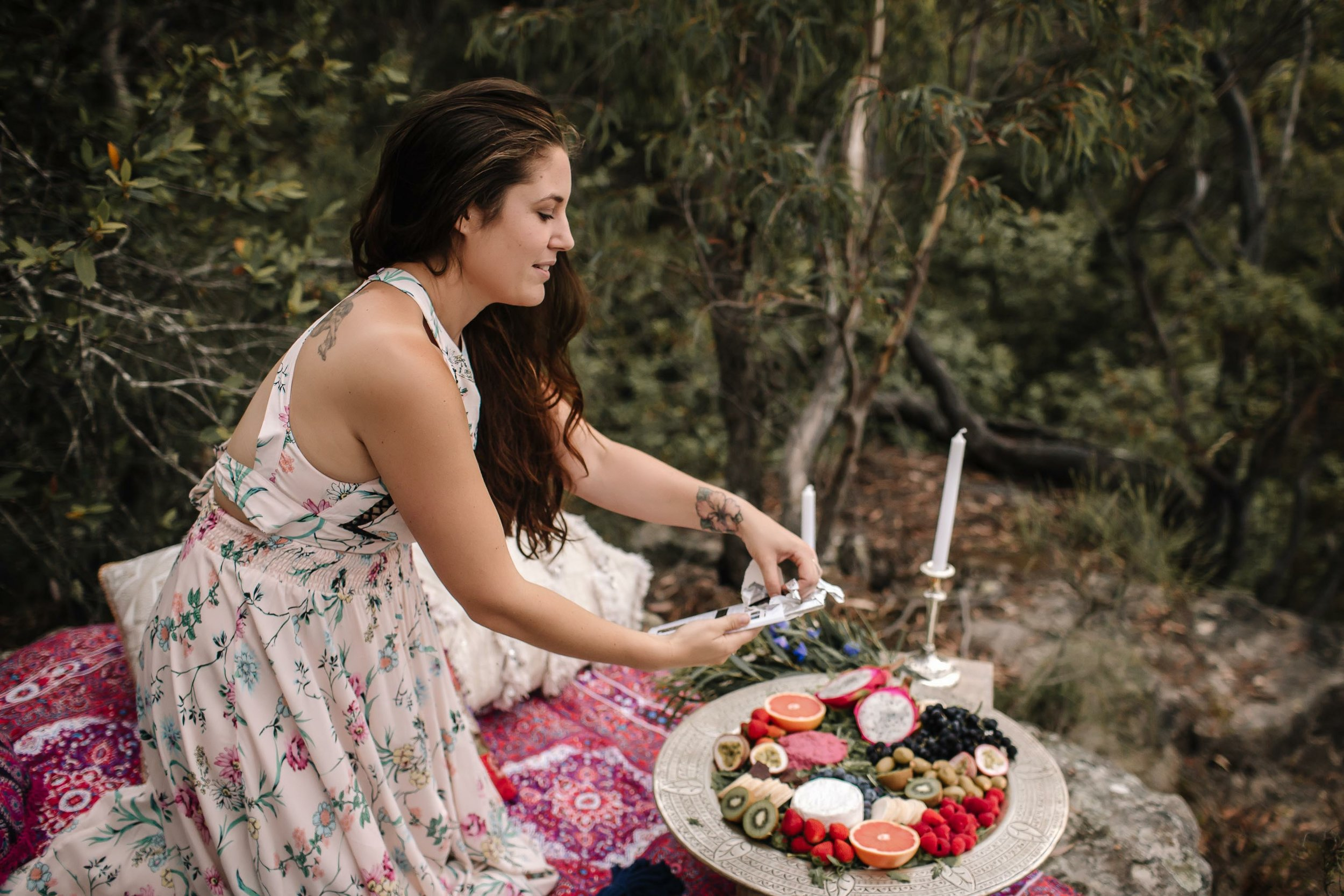 Q&A with Hannah Lange - Hannah is a mumma, a picnic expert and a big lover of nature. She talks about the real life struggles that come with building your business and the importance of connecting with mother nature along the way.