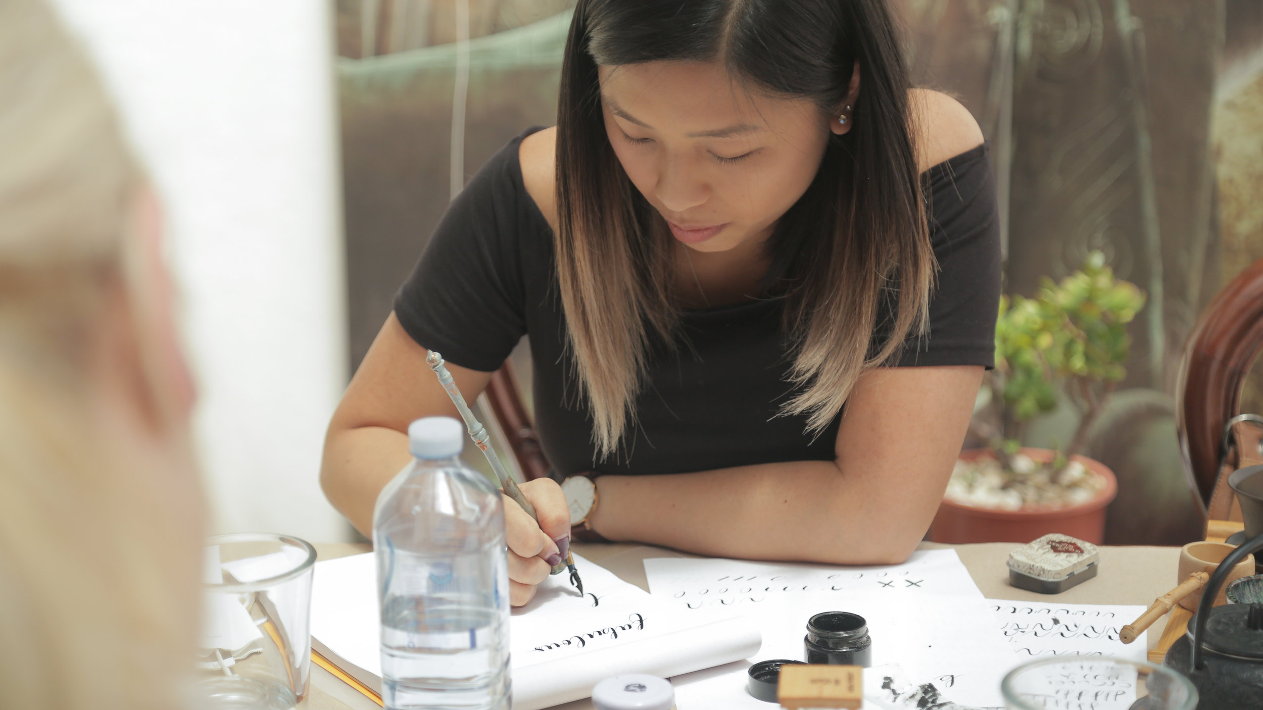 - The Modern Calligraphy Queen, Kim Tran-Flores talks about being mindful, making time for yourself, being a mother and always coming back to your passions.