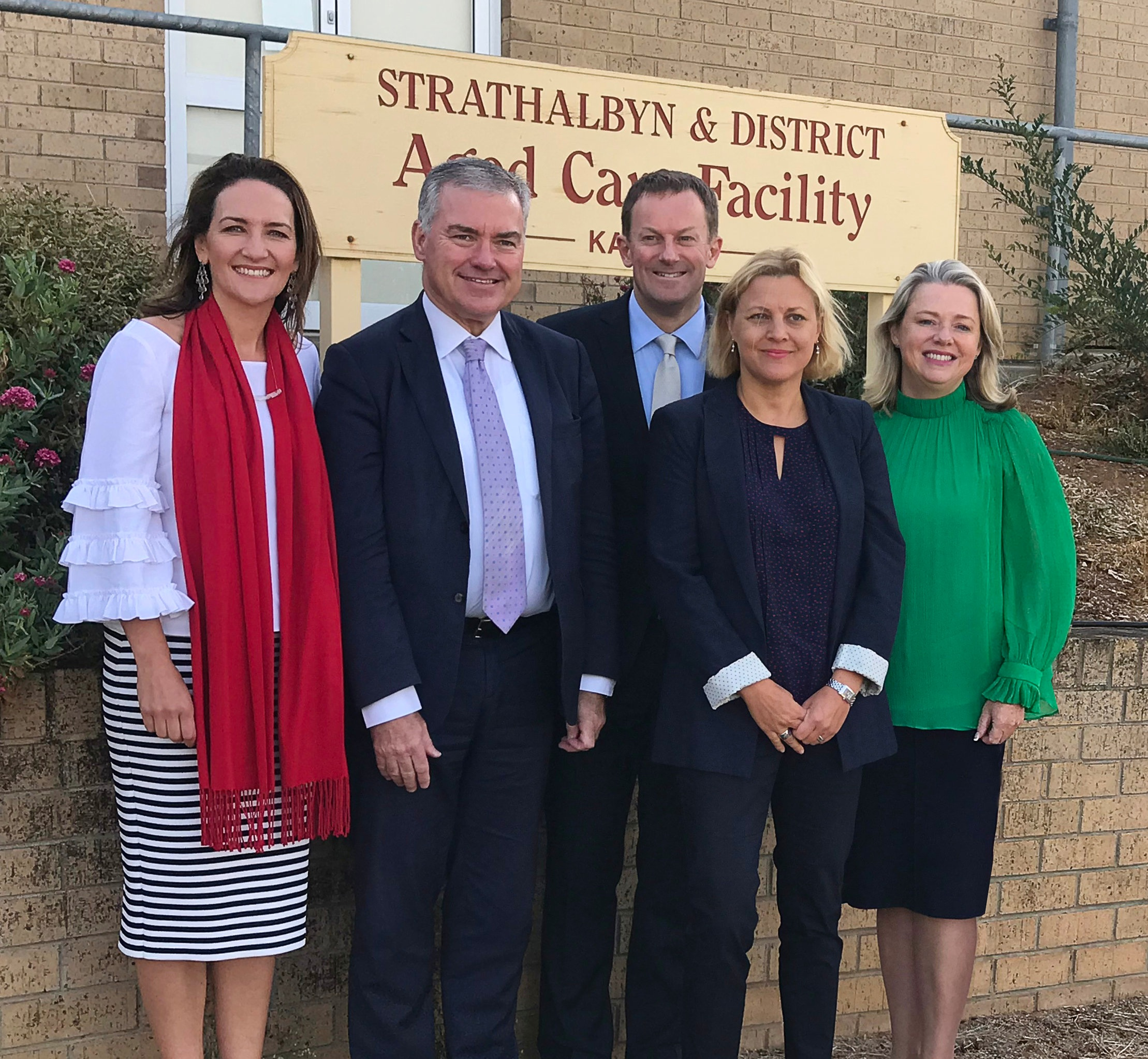 (from left to right) Georgina Downer - Liberal candidate for Mayo,  Hon Stephen Wade MLC  - Minister for Health and Wellbeing,  Josh Teague  - Member for Heysen,  Veera Mustonen  - GCMA Executive Director LifeLab and  Julianne Parkinson  - GCMA Chief Executive Officer