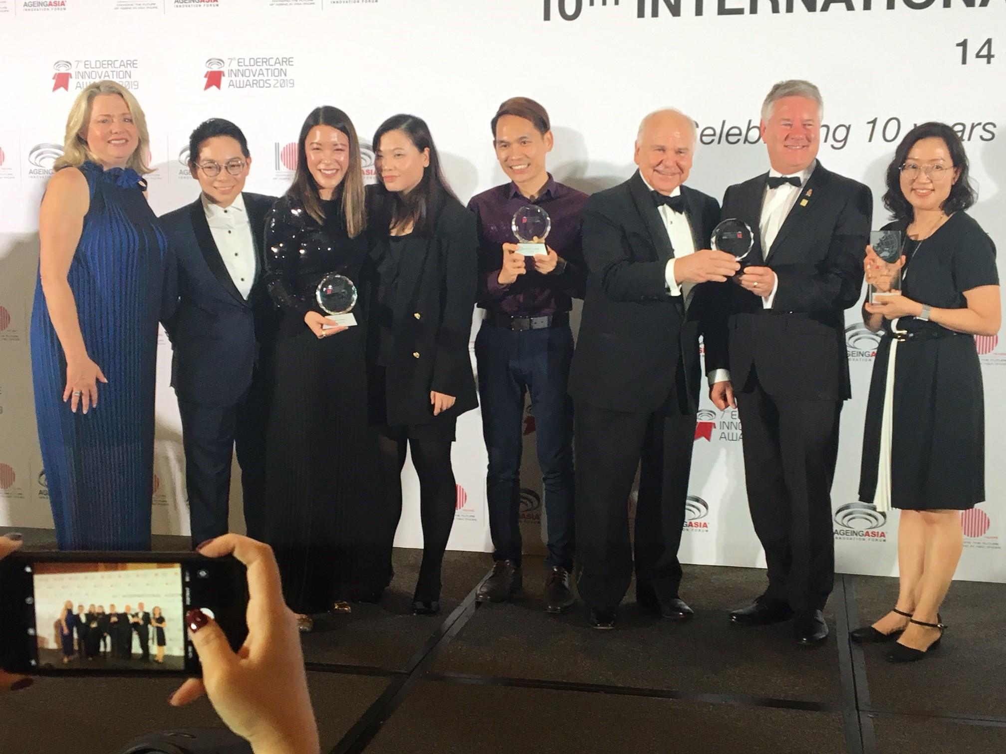 Julianne and award winners.jpg