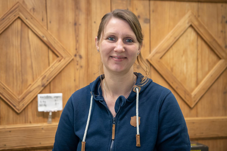 YOLANDA PENASA - Mitarbeiterin Teilzeit in Hofladen und Haushalt