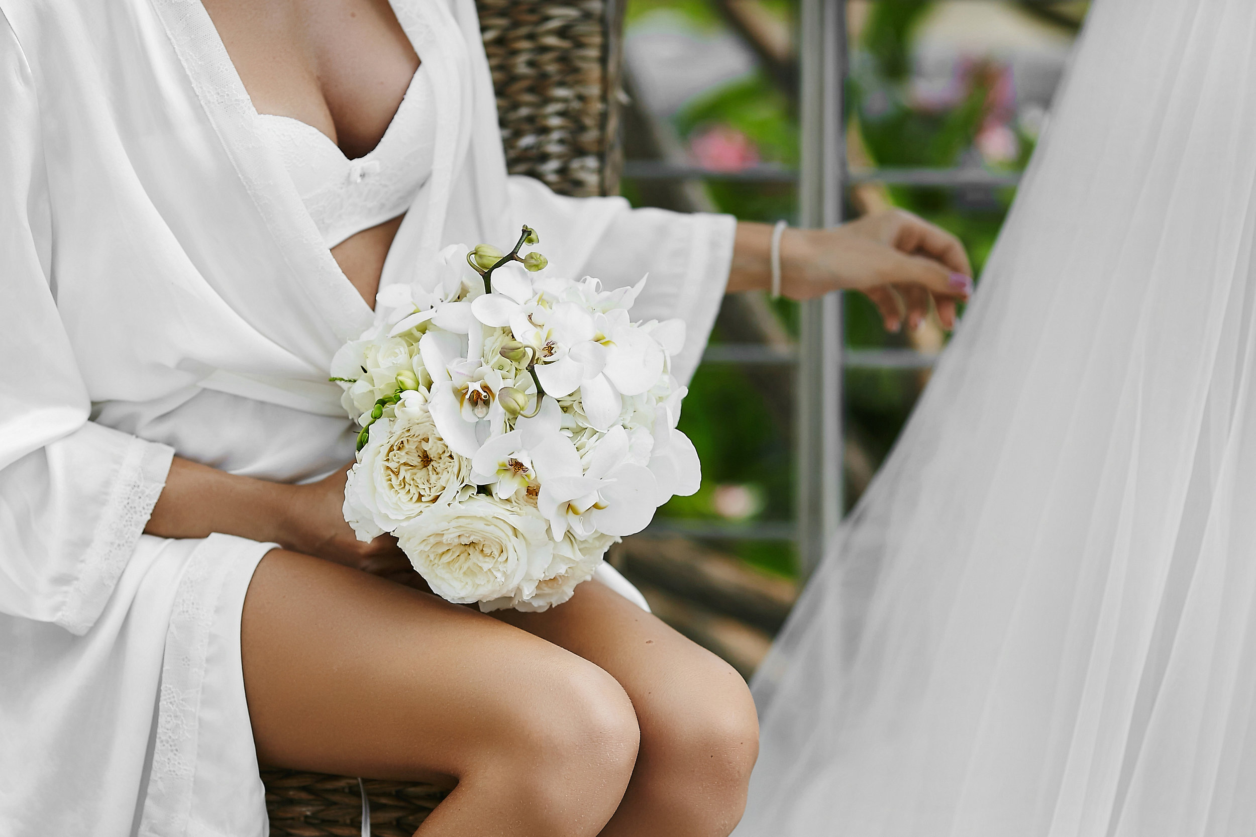 Spray tan, tan, bronzed look, elite tan, spray tan for weddings, spray tan for hens, spray tan for parties
