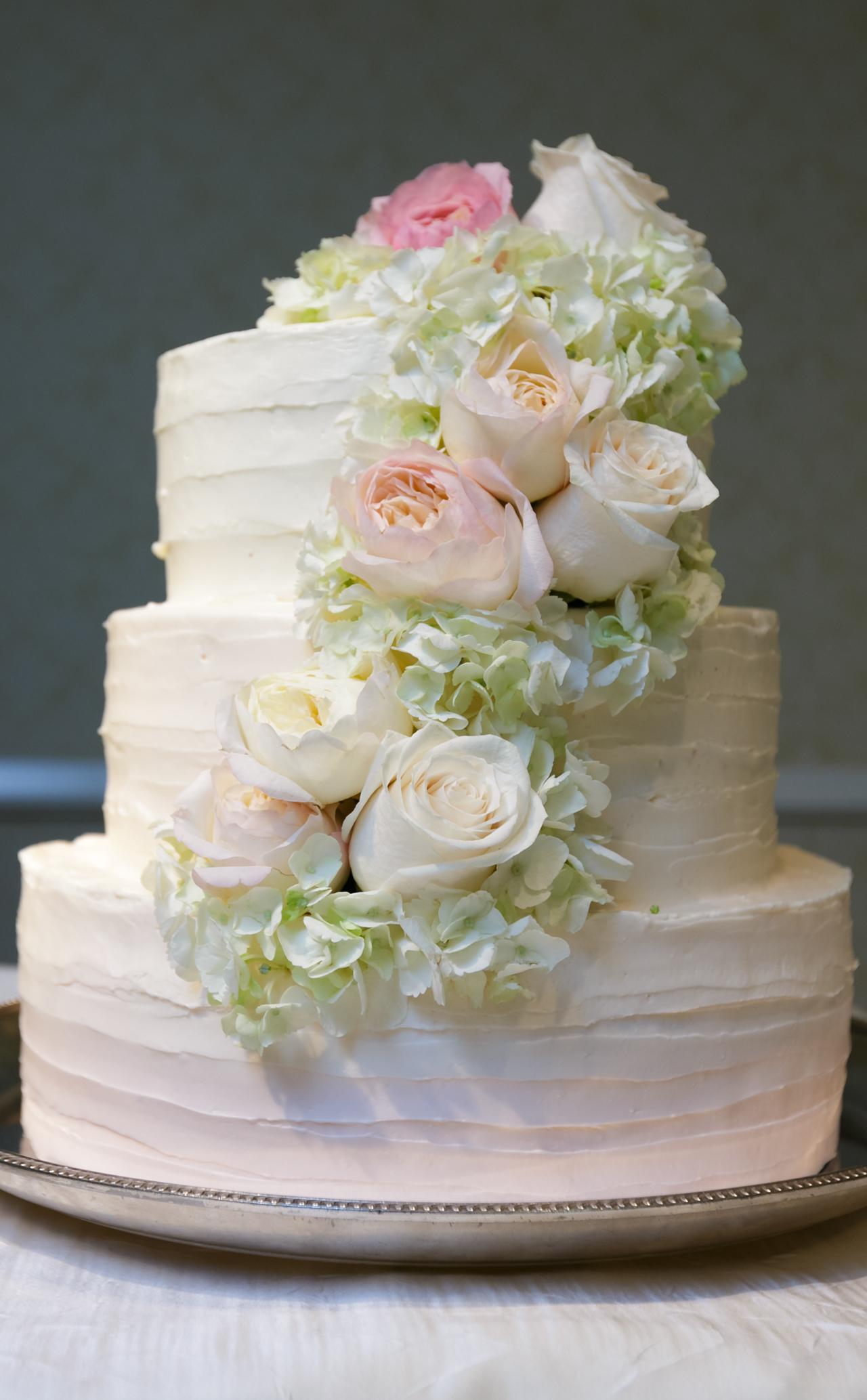Wedding cake at The Kahala Hawaii