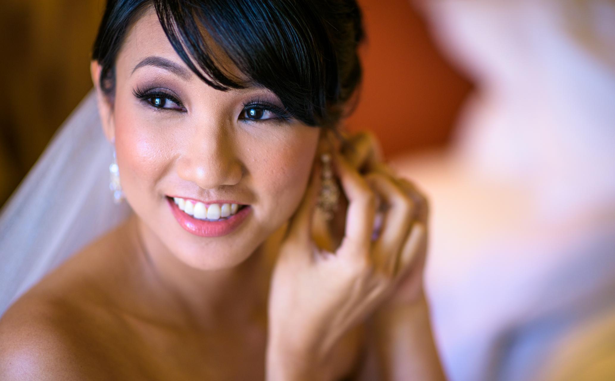 Bride getting ready at Hilton Hawaiian Village