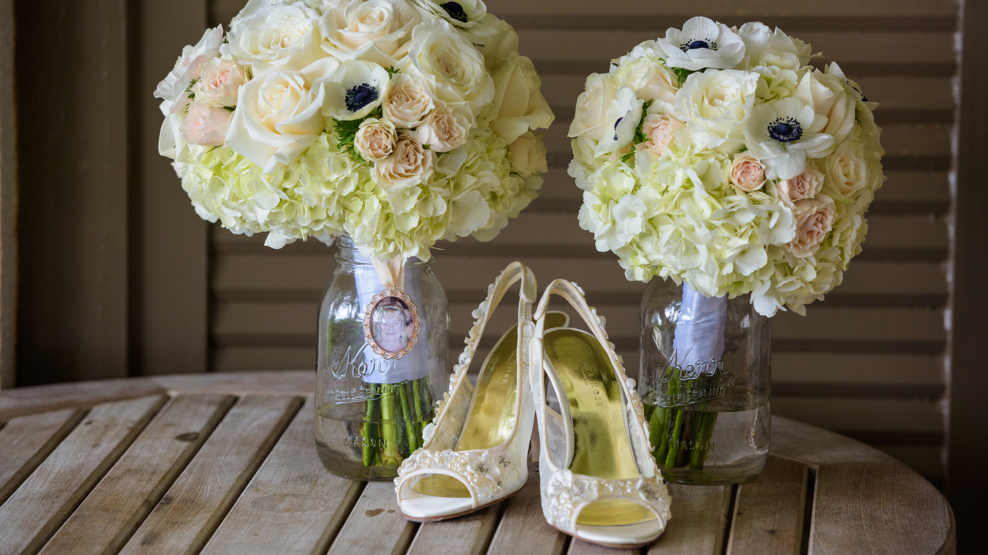 Bouquets and high heels.  Turtle Bay Resort, North Shore, Hawaii.