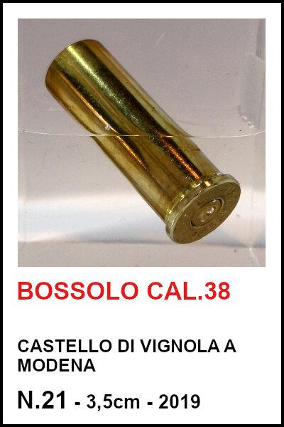 21 bossolo cal.38.jpg