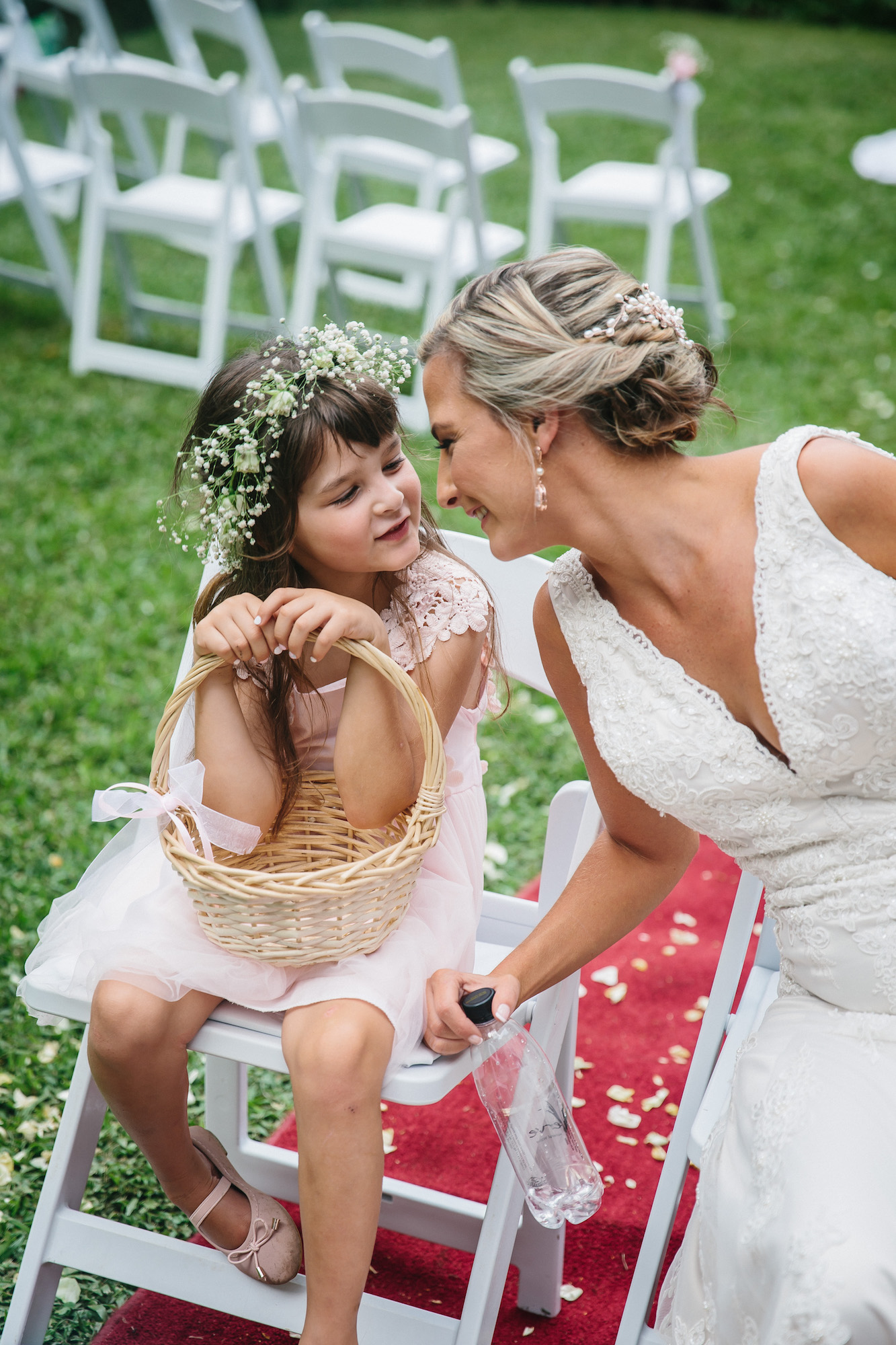 flower girl and her mom bride