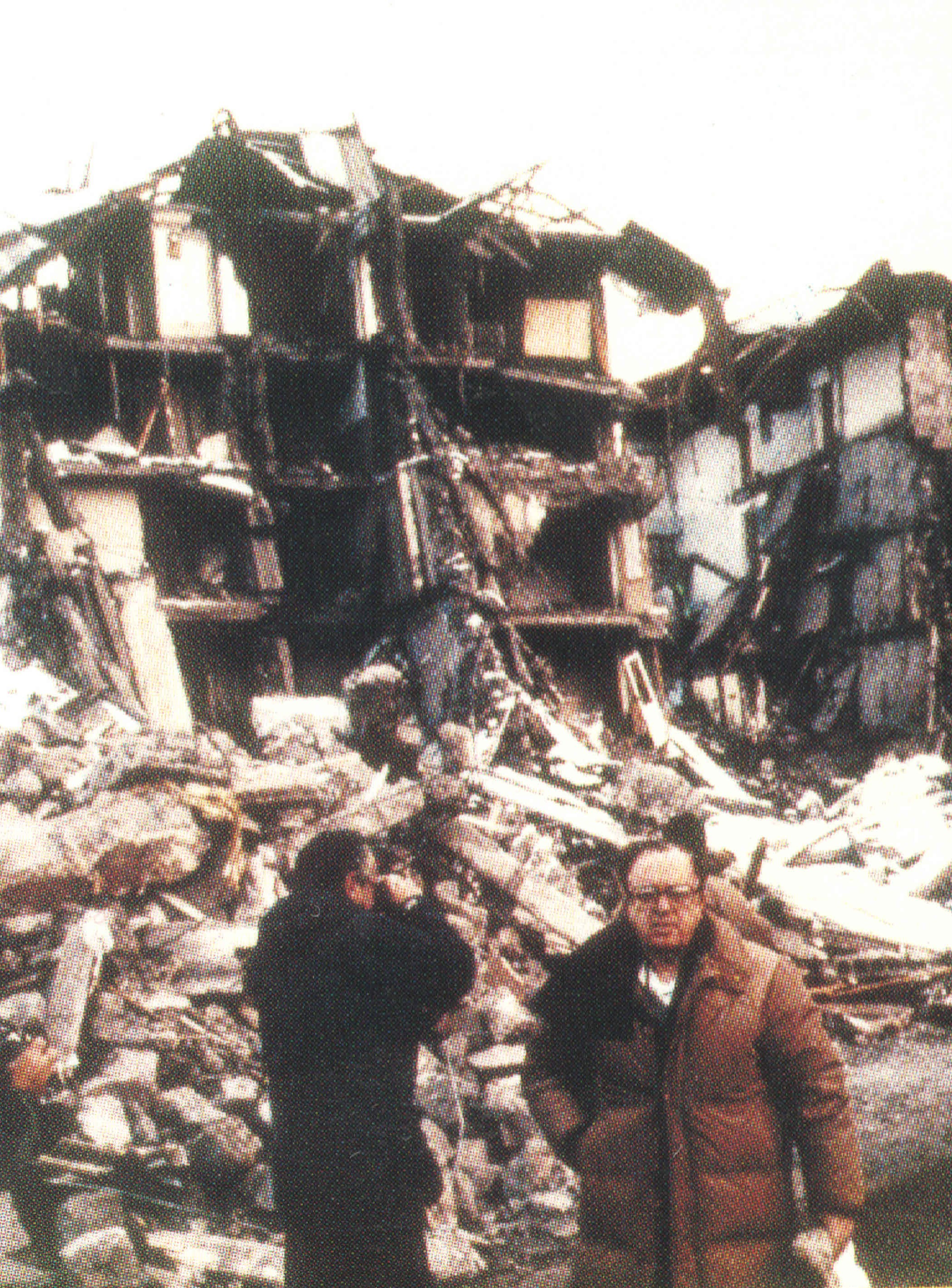 Mihran Agbabian surveying the 1988 earthquake in Gyumri.