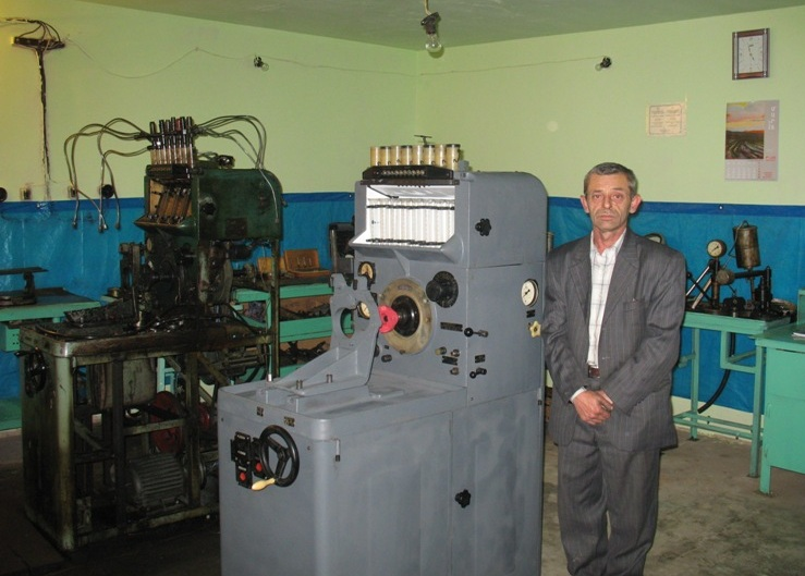 Samvel Meliksetyan is a beneficiary of the Turpanjian Rural Development Program (TRDP). He received trainings on financial management and received a loan to start his mechanics business through TRDP.