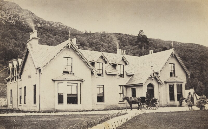 Inn at Foyers, 1860's Image courtesy of The National Portrait Gallery