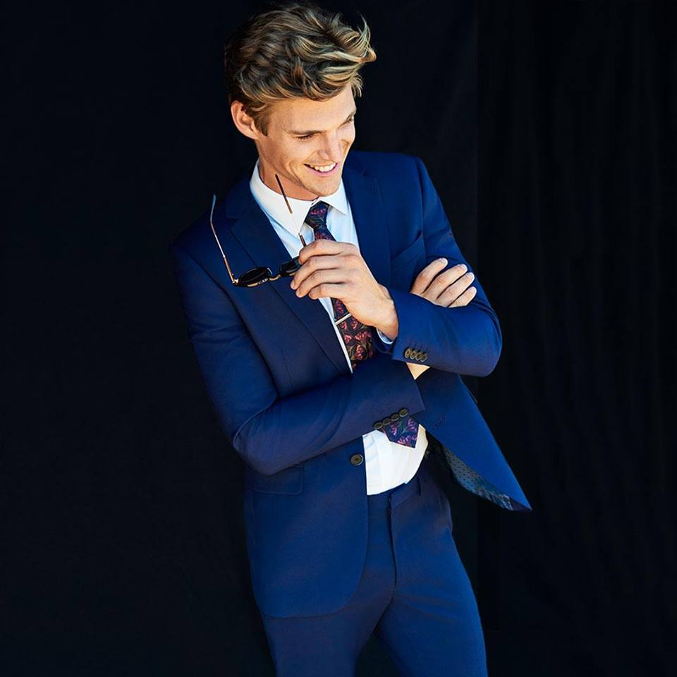 FREE DELIVERY & RETURNS - Getting ready for the special wedding or the perfect party just got a lot easier. You'll be suited and booted in no time and you can enjoy Free delivery & Free returns on your order.