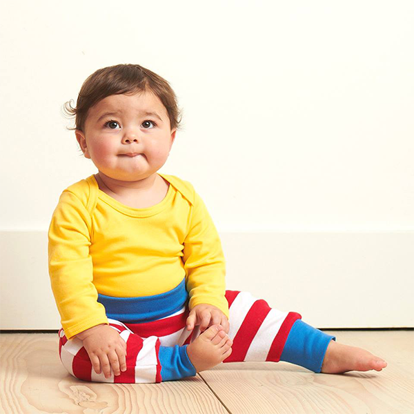 baby organic clothing from £3.99 - Discover the softest organic cotton - simply perfect for delicate skin. Toby Tiger baby clothes are designed with practicality in mind to fit both conventional and cloth nappies, with envelope necklines and leg poppers for fuss-free changing.