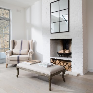 THE FABULOUS - The fabulous ST JAMES BEIGE ARM CHAIR WITH BLUE STRIPE is just perfect for a cosy evening by the fire.