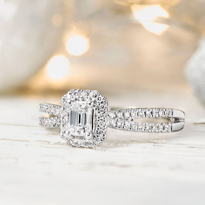 diamond jewellery sale - Discover your forever diamonds with the most breathtaking jewellery pieces and luxurious diamond watches now on sale at Beaverbrooks.