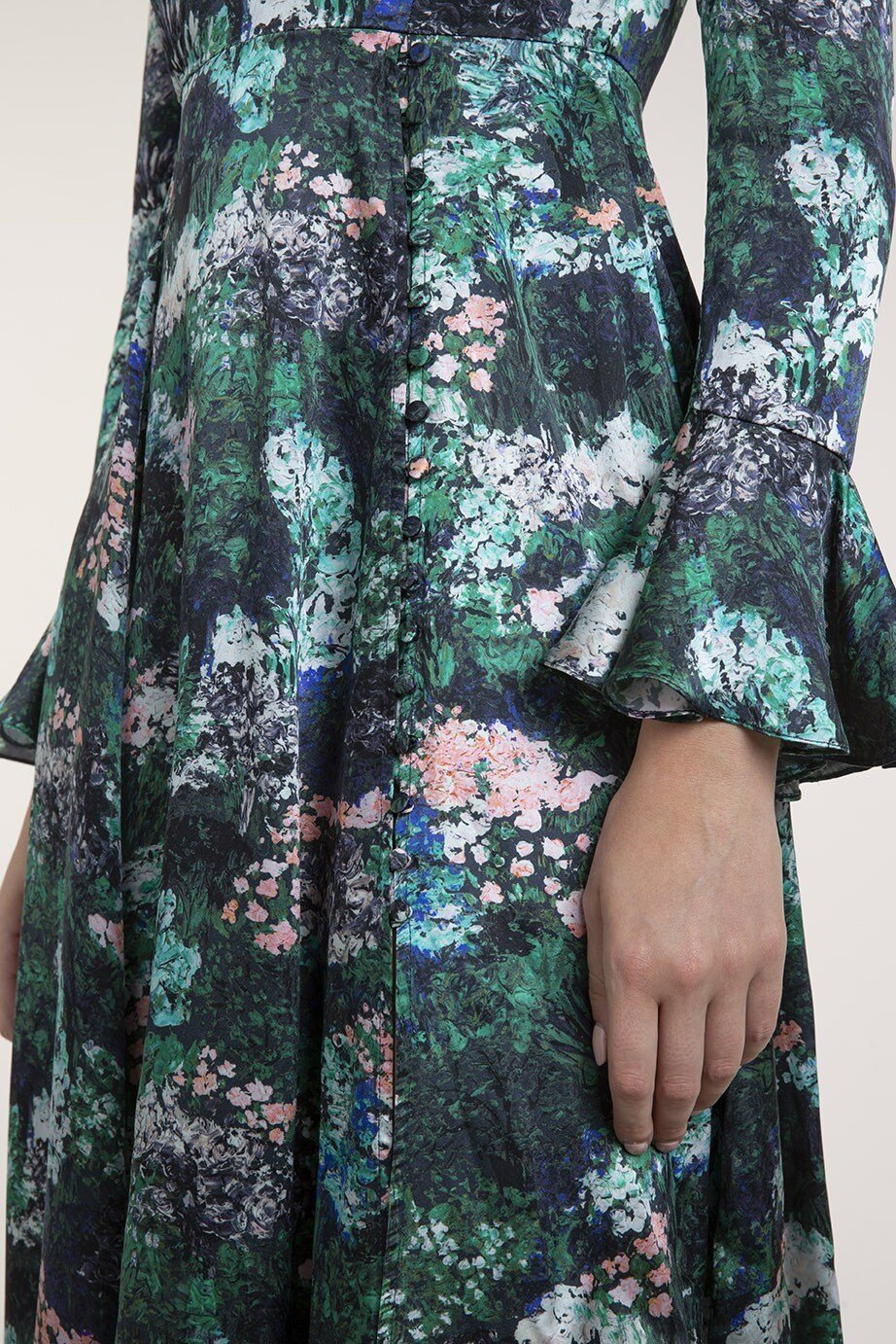 BEULAH'S FAMOUS YAHVI IS BACK - This painterly forest rose quartz print dress has a round neck, long sleeves and a fitted waist. Designed to look effortlessly elegant, the Yahvi forest rose dress is made from 100% silk and has been digitally printed in Italy.