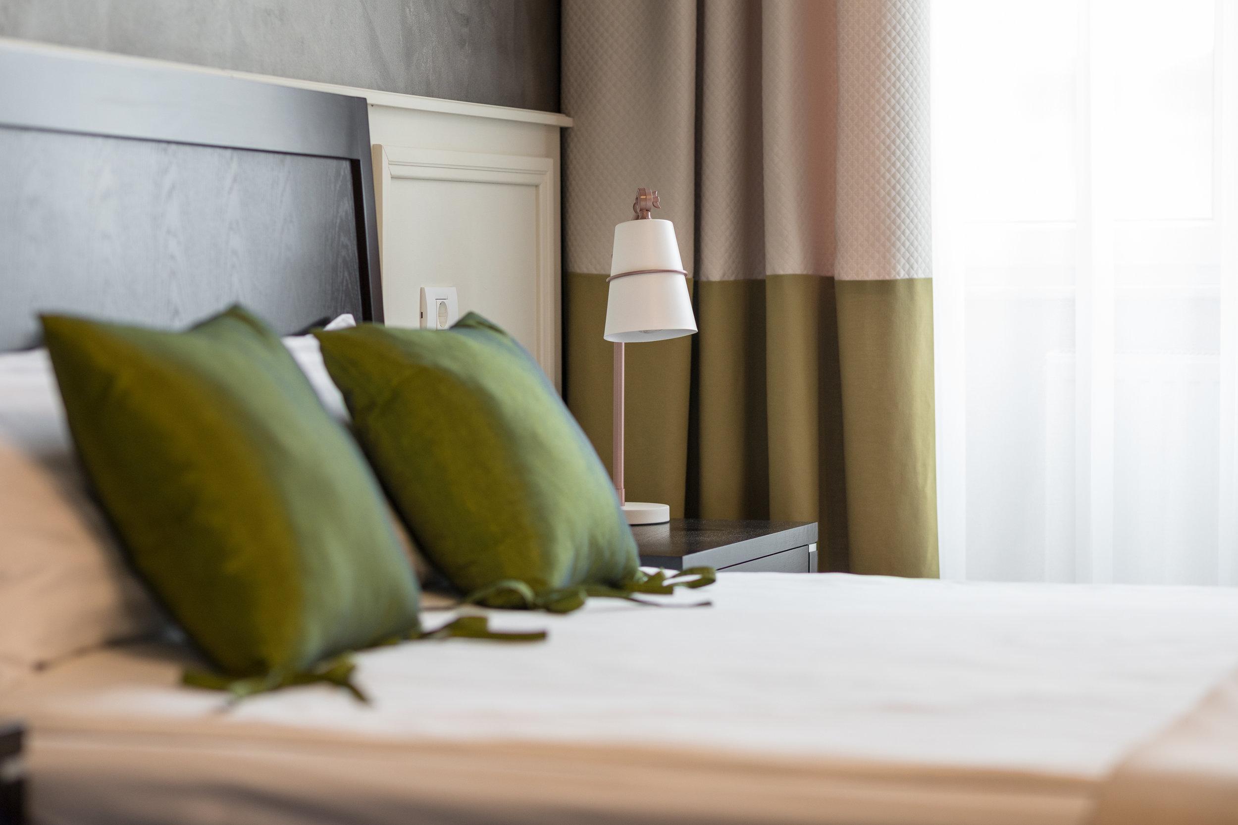 Comfortable mattress and fine linens