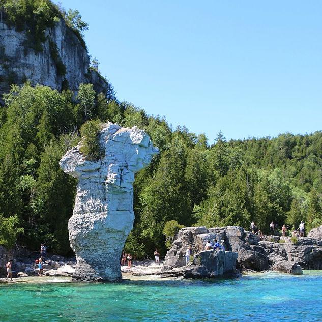 bruce-peninsula-tour-guided-toronto.jpg