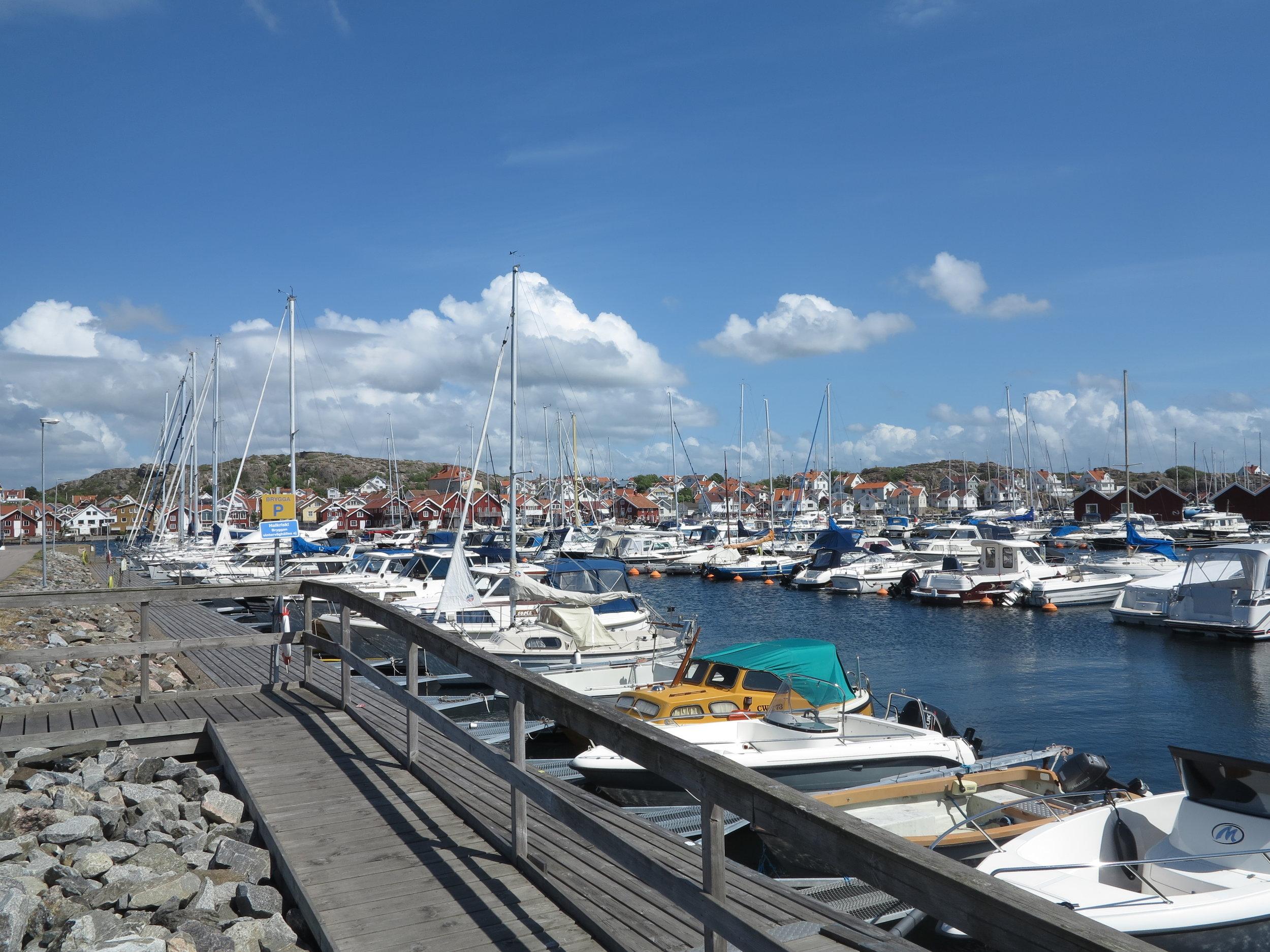 Die Boote im Hafen von Skarhämn