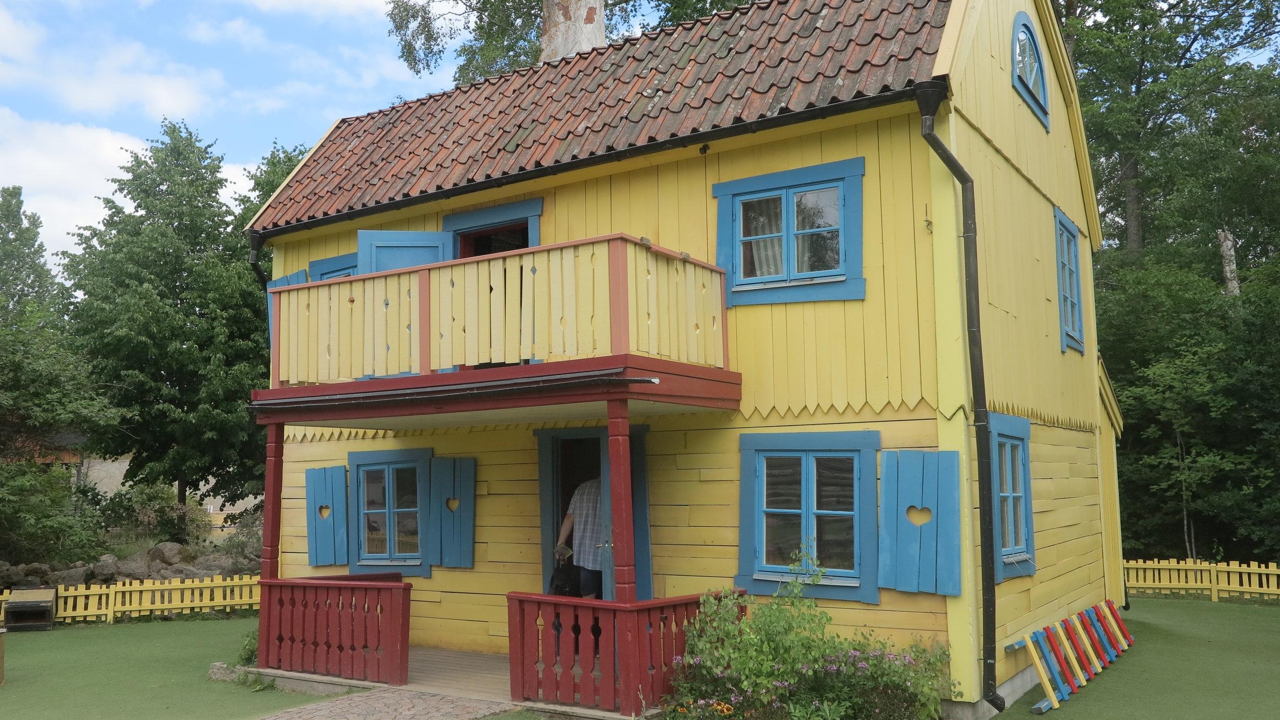 Die Villa Kunterbunt im Themenpark Astrid Lindgrens Welt in Vimmerby