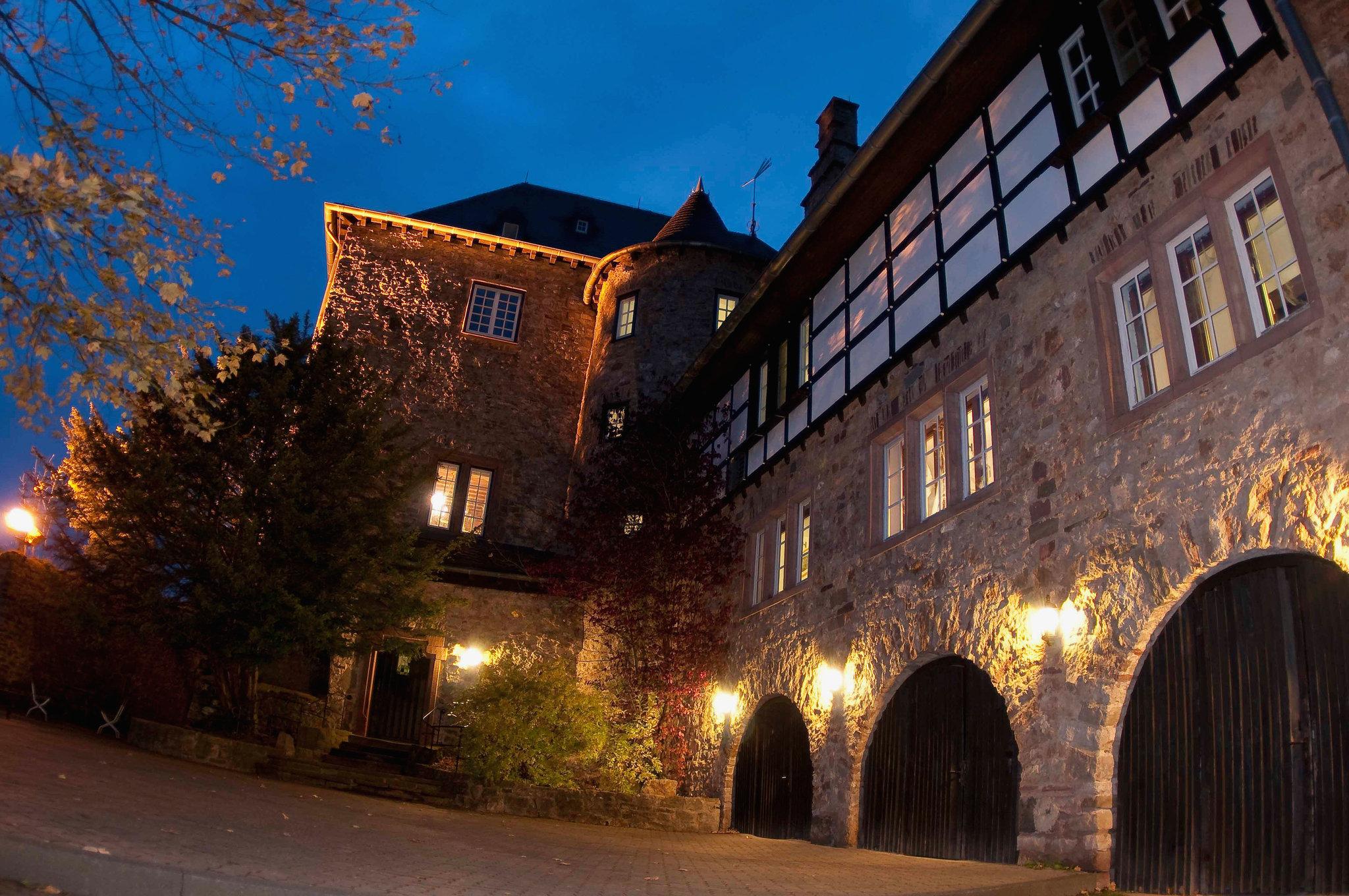 Abendstimmung auf Burg Blankenheim (Foto:DJH Rheinland e.V.)