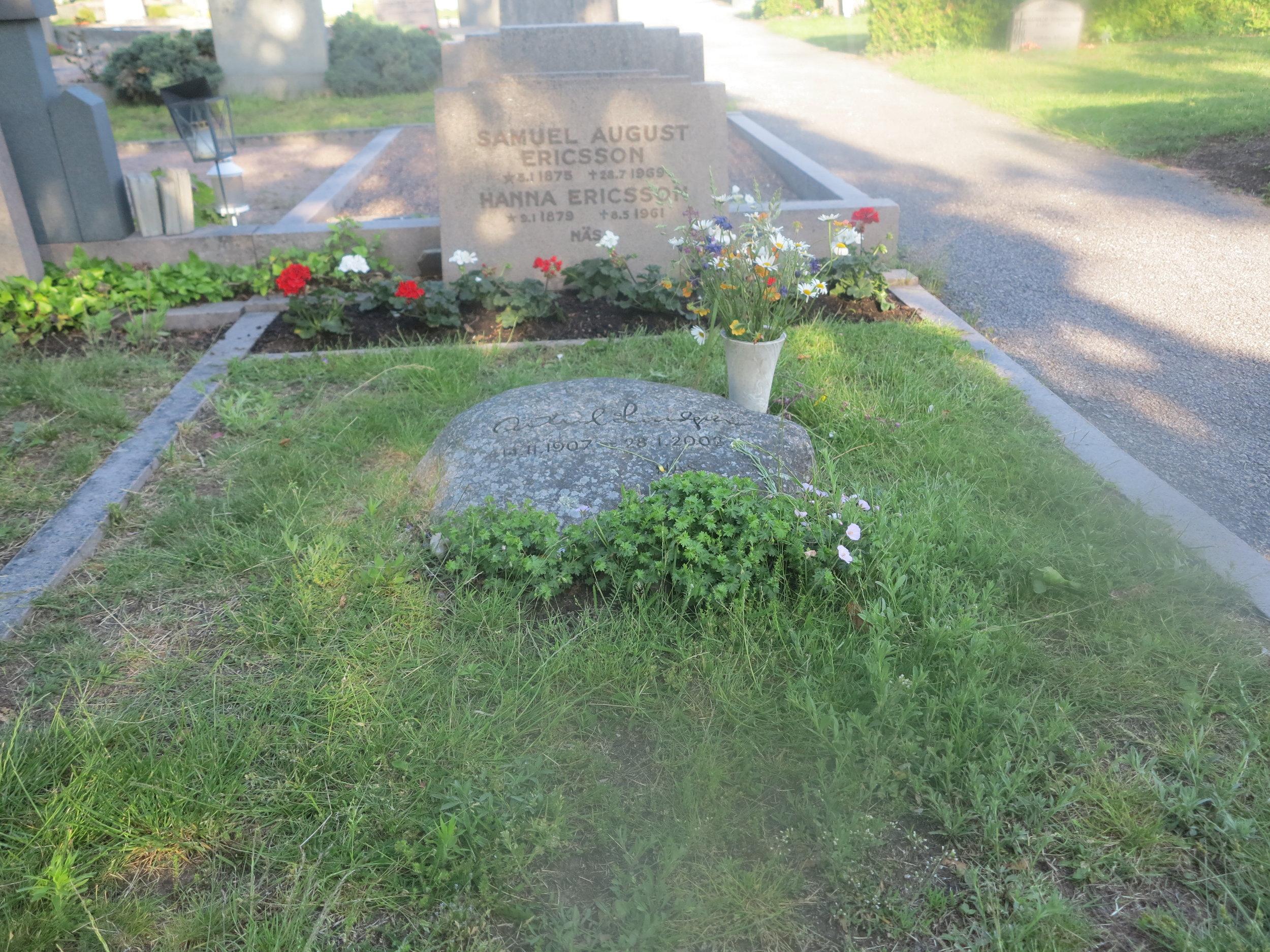 Astrid Lindgrens Grab auf dem Friedhof von Vimmerby