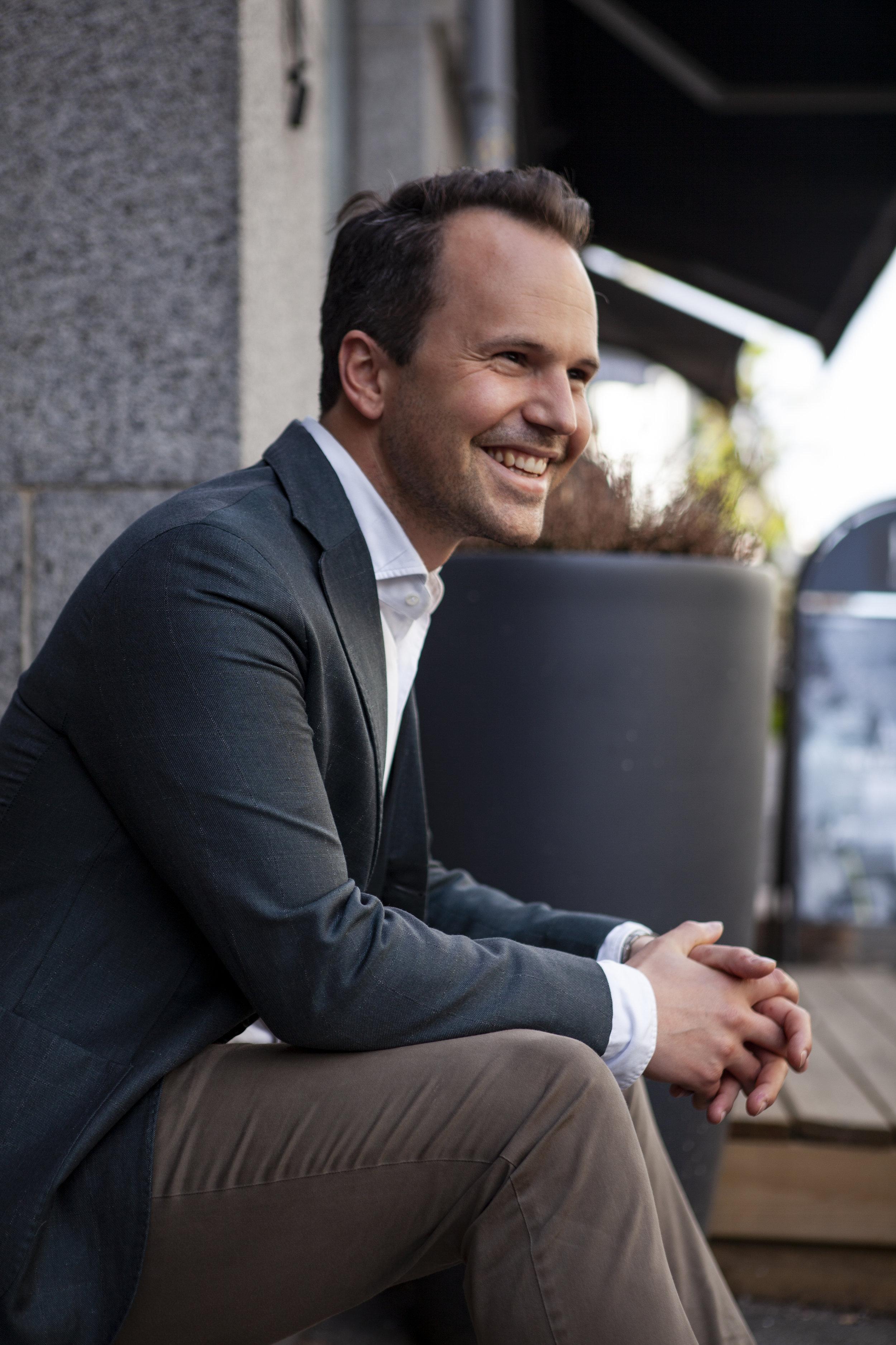I 2016 ble Pierre Puggaard direktør for Frogner House, i en alder av 28 år.