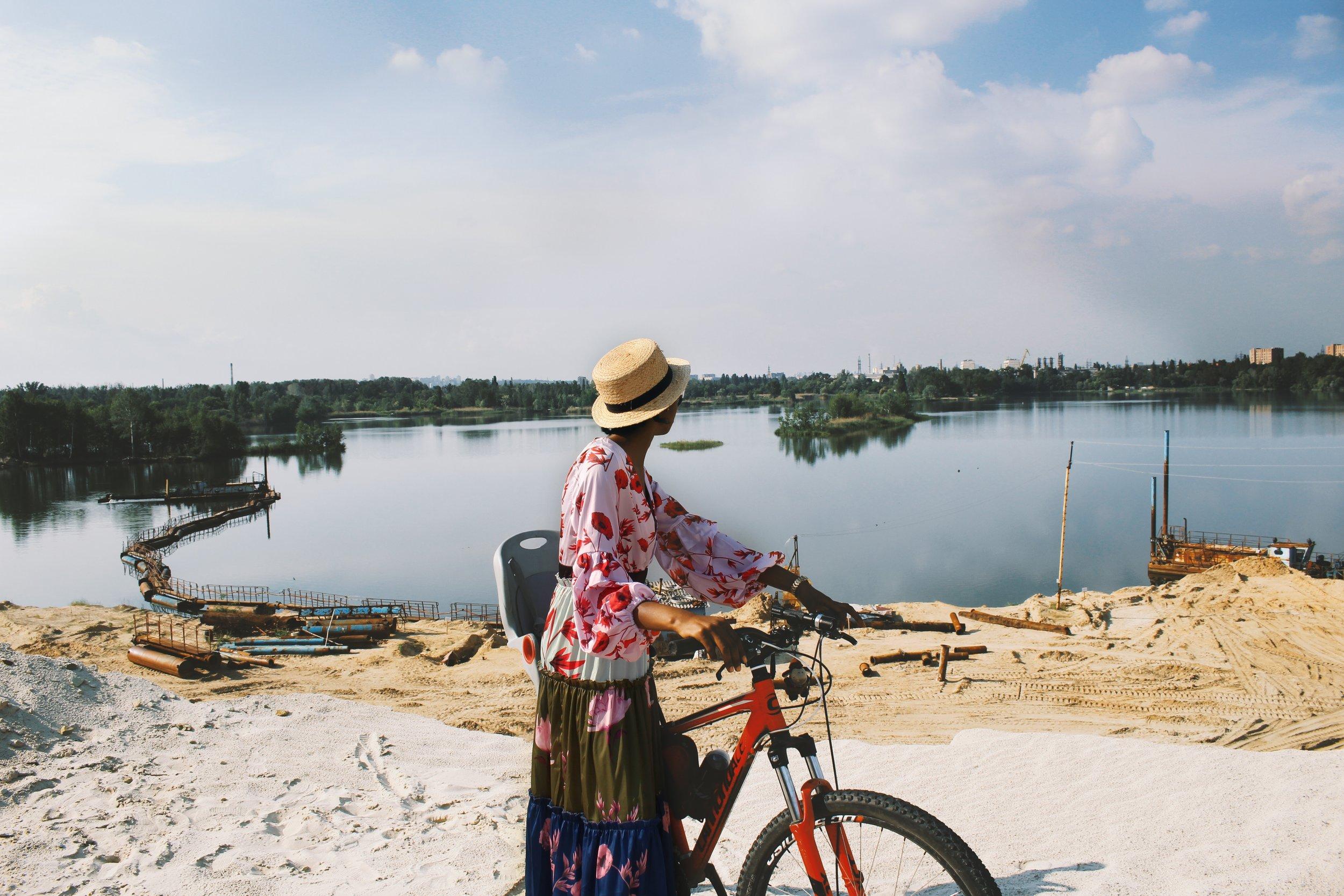 beatiful-landscape-bicycle-bike-2402600.jpg