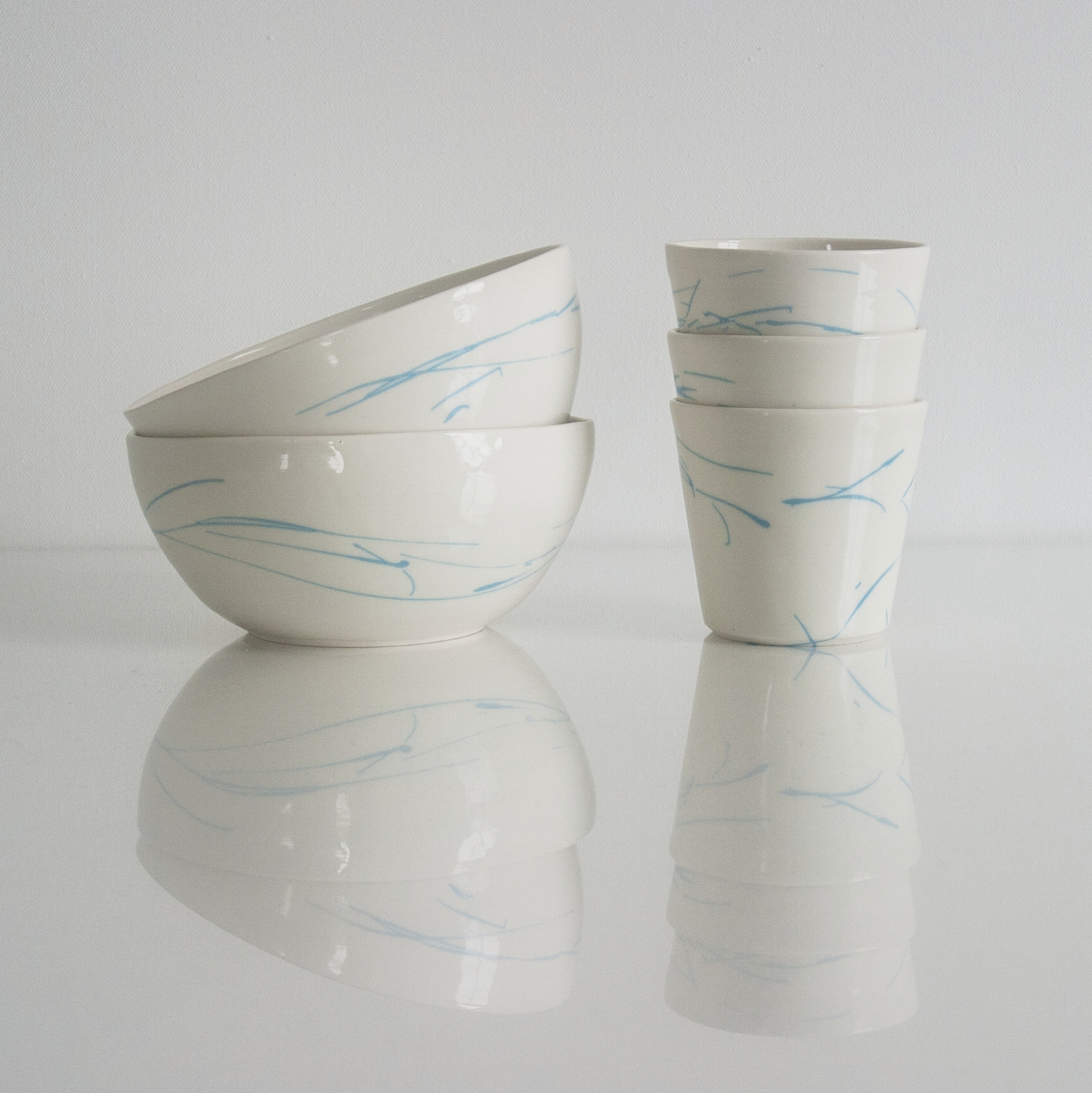 New pottery - Handmade porcelain bowls and coffee beakers