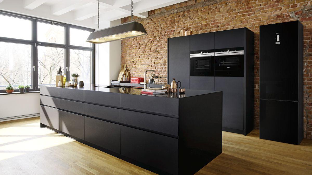 MCMI02365478_Siemens_Brand_Kitchen_Inspiration_01_16_9.jpg