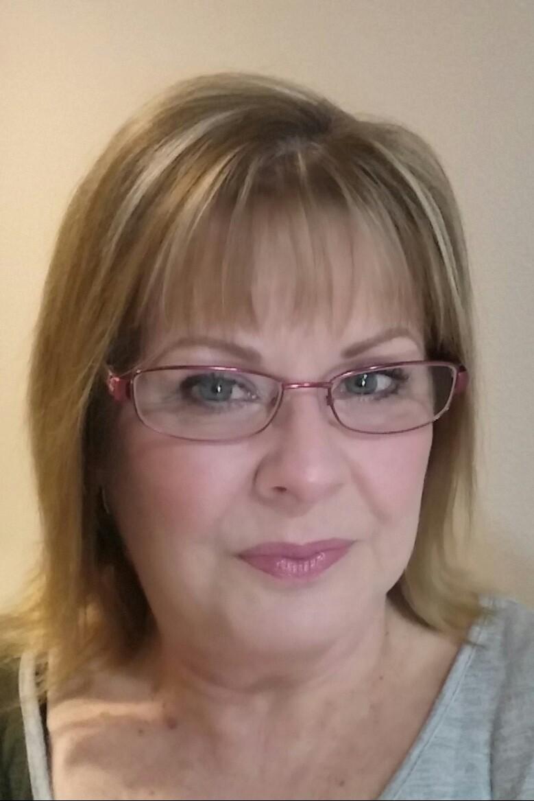 Phyllis Photo.jpg