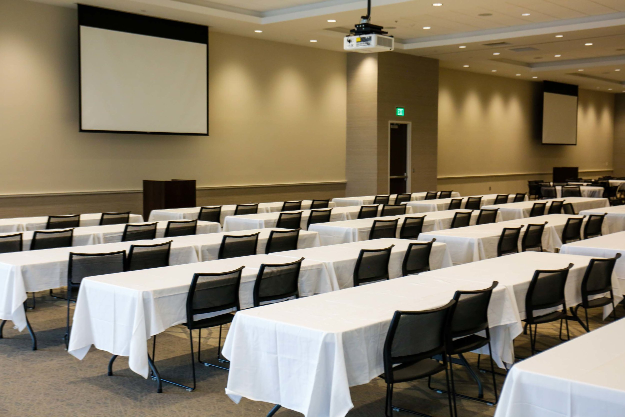Meeting Room 2 - - 2,620 sq/ft- 20 tables 162 chairs- 36 tables 108 chairs