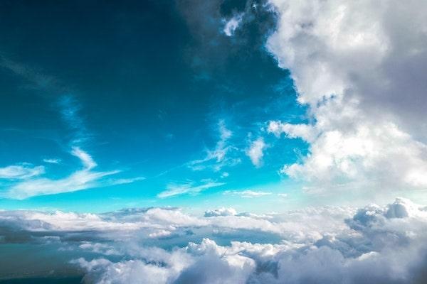 RODDENBERRY-blue-sky-clouds-flying-min.jpg