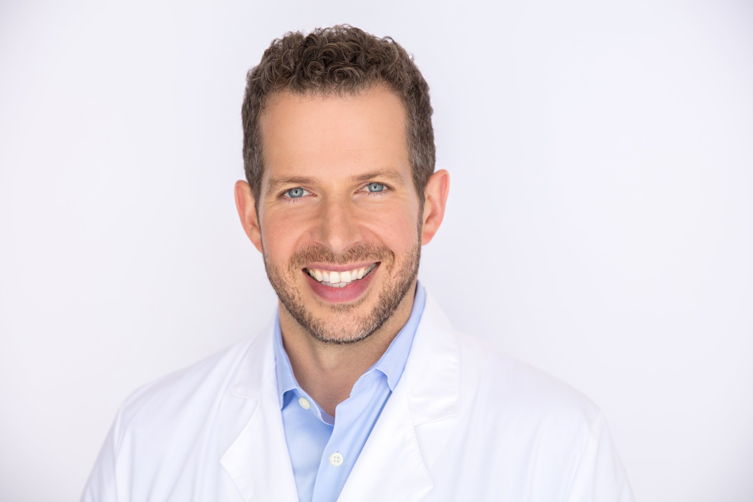 - Dr. Nick Karr completed his residency at St. Johns Hospital in Detroit.