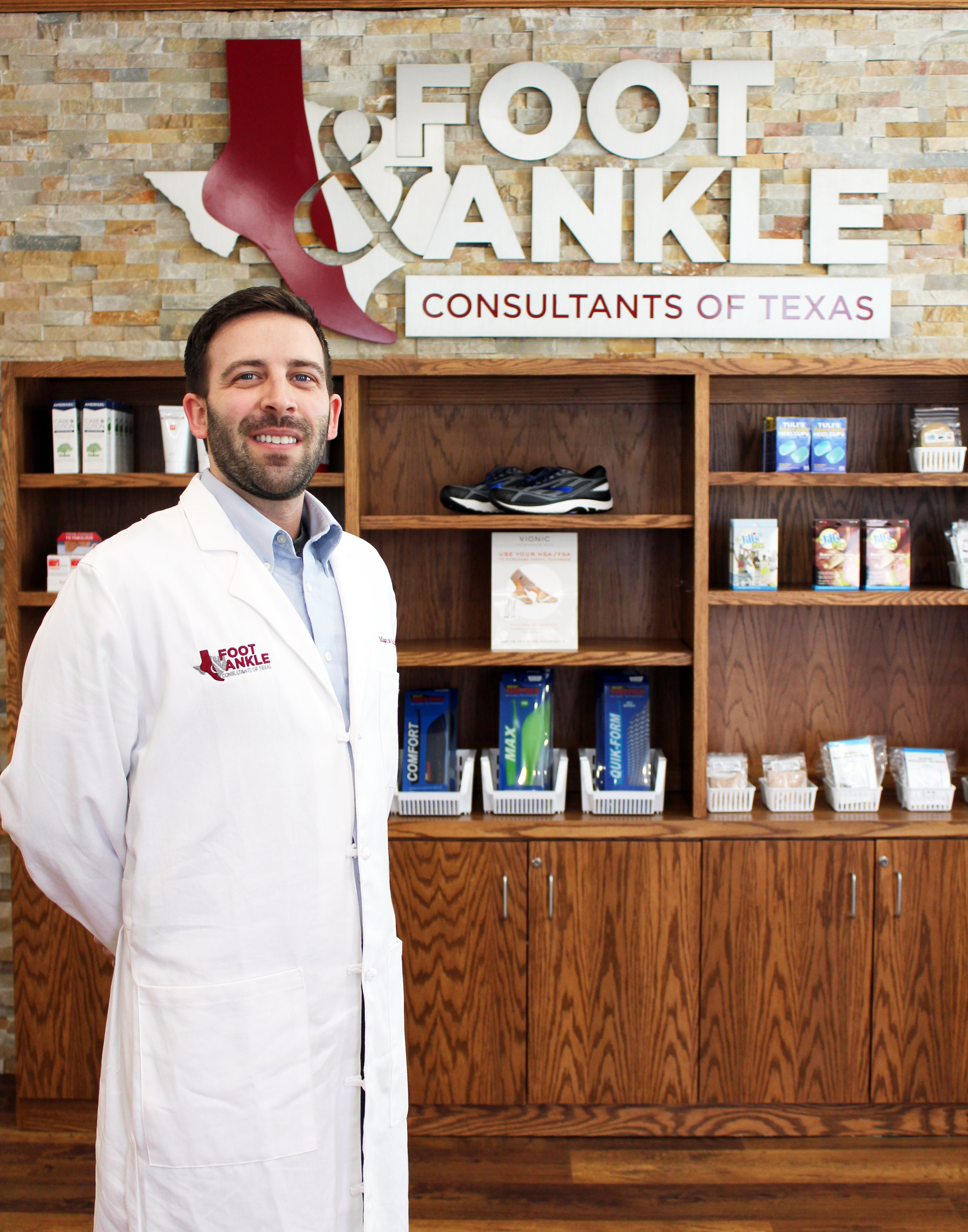 Dr. Baxter trained in podiatric medicine and surgery, with an emphasis on conservative care, wound care, reconstructive surgery, diabetic limb salvage and pediatric care.