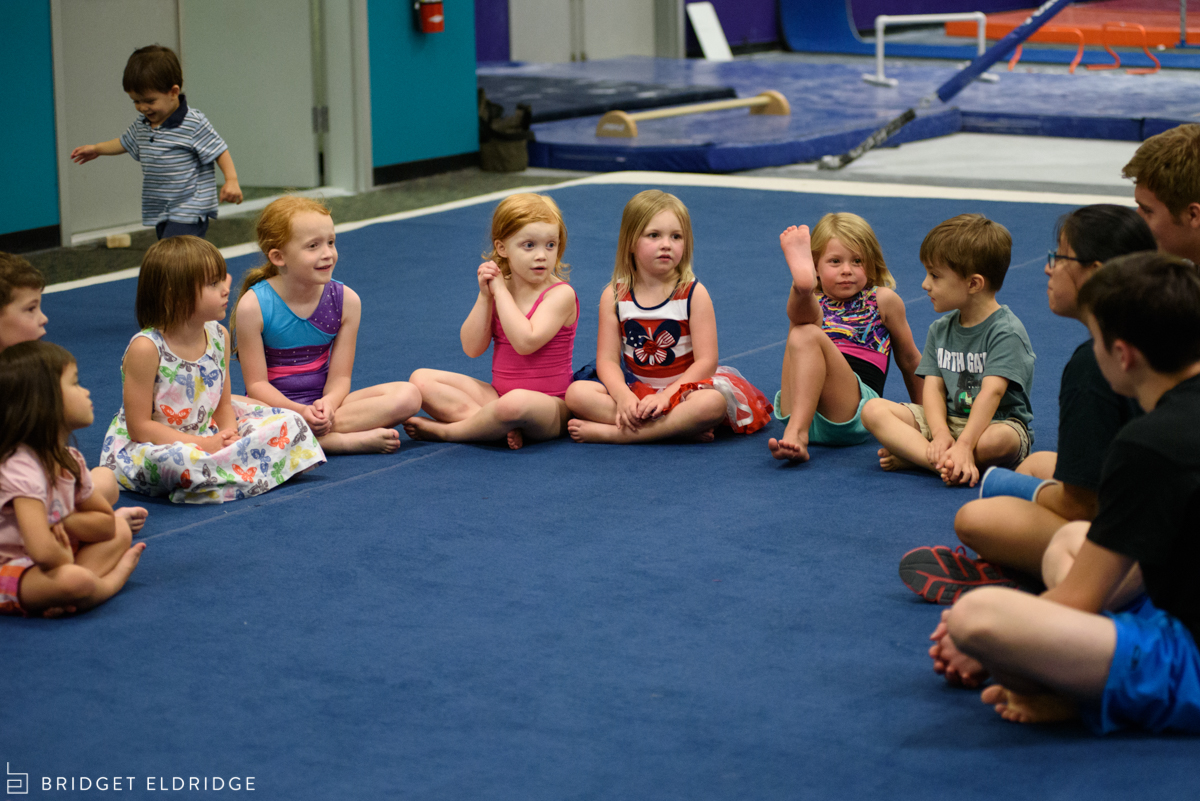 kids get ready for the start of a birthday party at dynamic gymnastics