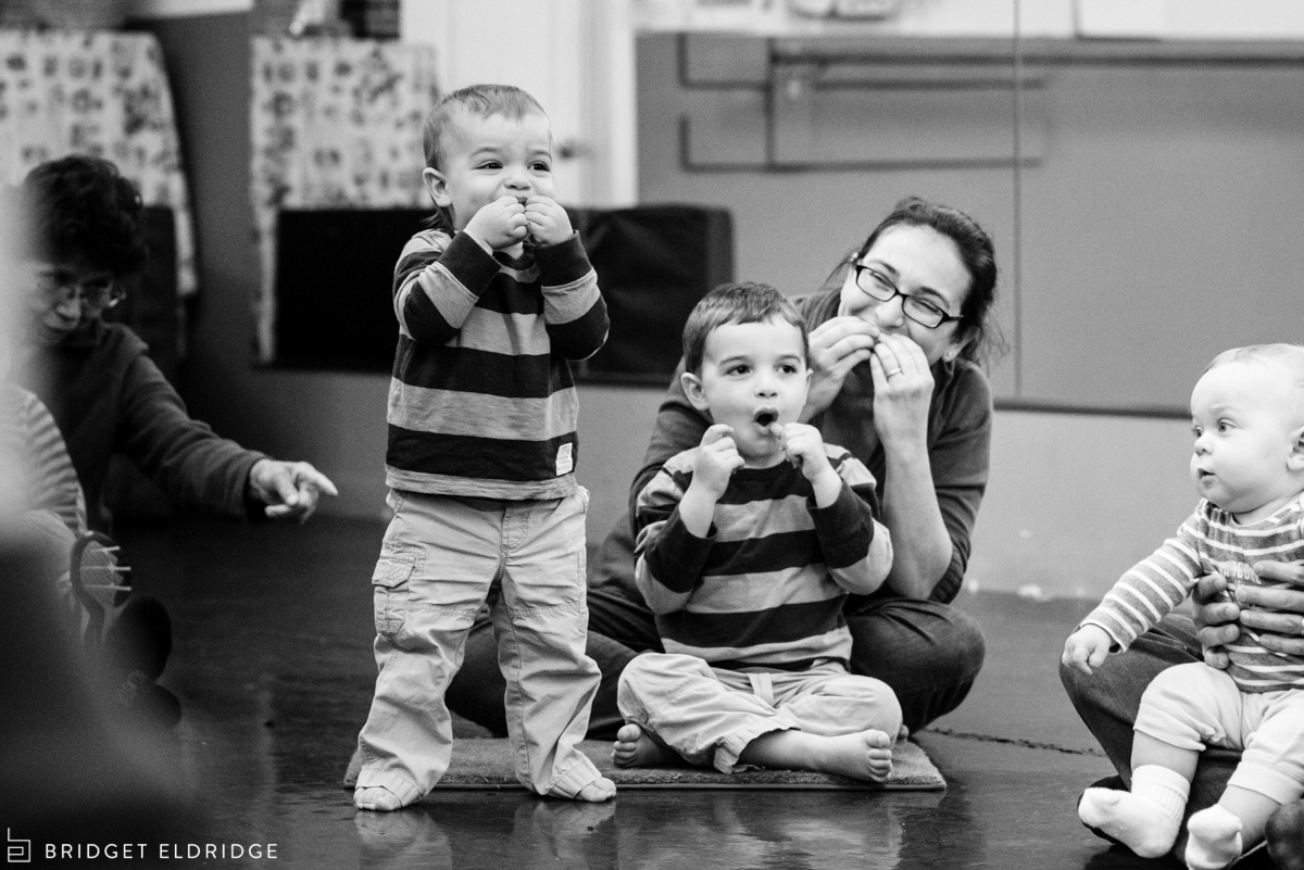 kids participate in vienna music class for babies and toddlers