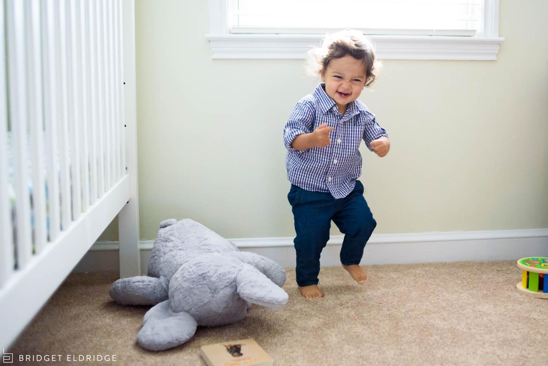 toddler dances in his bedroom in bethesda, md