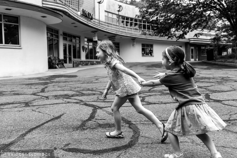 girls run at glen echo park