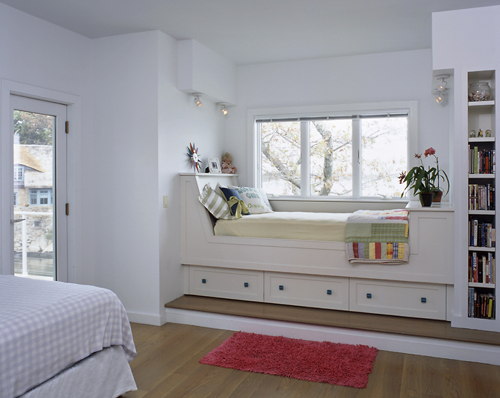 A custom made daybed creates a wonderful retreat for sleep, study or daydreaming.