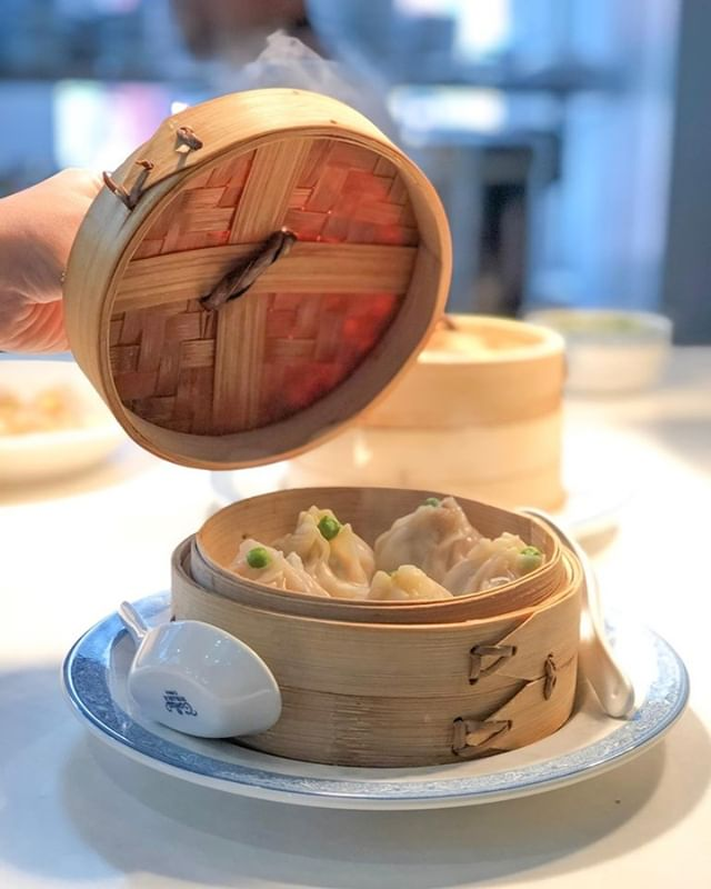 all that & dim sum! ⁠ .⁠ .⁠ .⁠ #flocktothewok  #visitsavannah #georgia #savannahga #eatlocal #eatfresh #travel #downtownsavannah #sav #dumplings #lunch #dinner