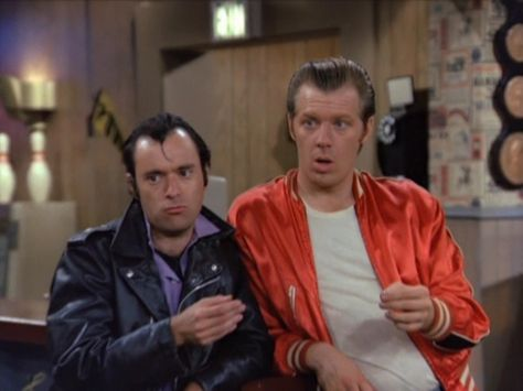 Left: Lenny - Right: Squiggy