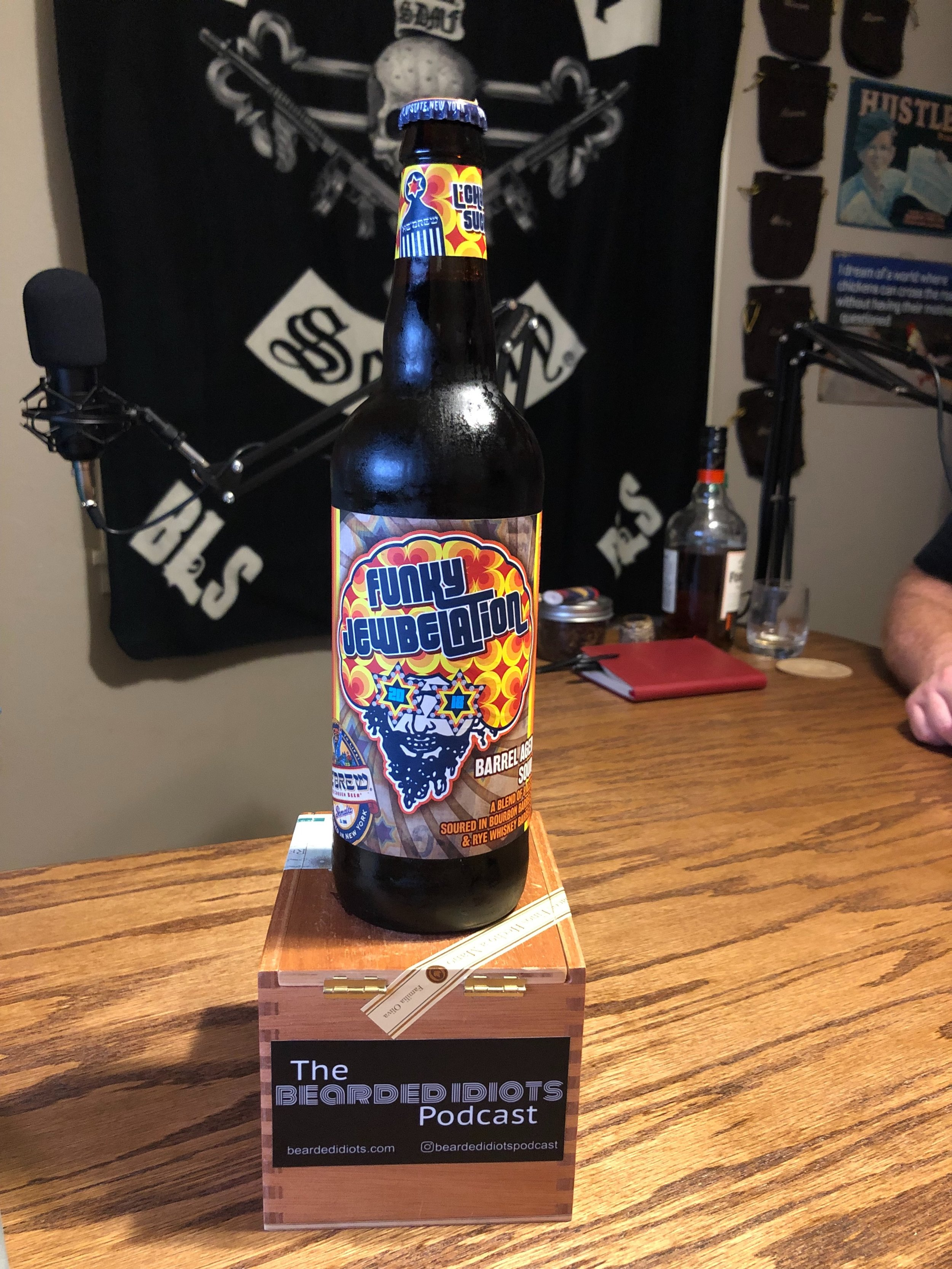 Episode the 54th - Funky Jewbelation - First review of a beer, Idiots perspective on jewish stuff, Texas murders a murderer